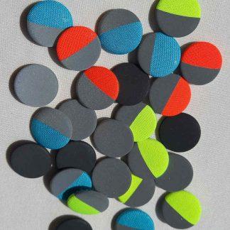 Buttons in neon und reflex.